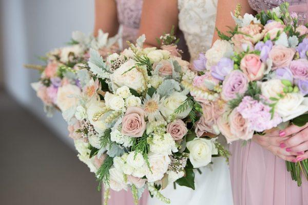 wedding-flowers-2051724_640