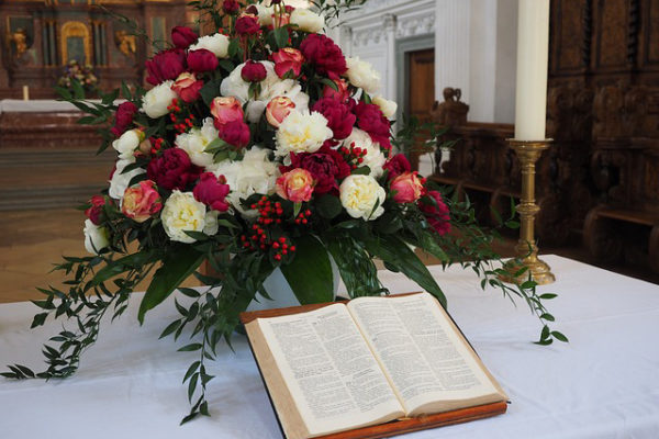 bible-505633_640
